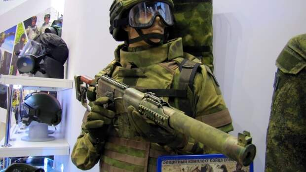 Военнослужащие ВС РФ в День России организовали выставку вооружений в Приднестровье