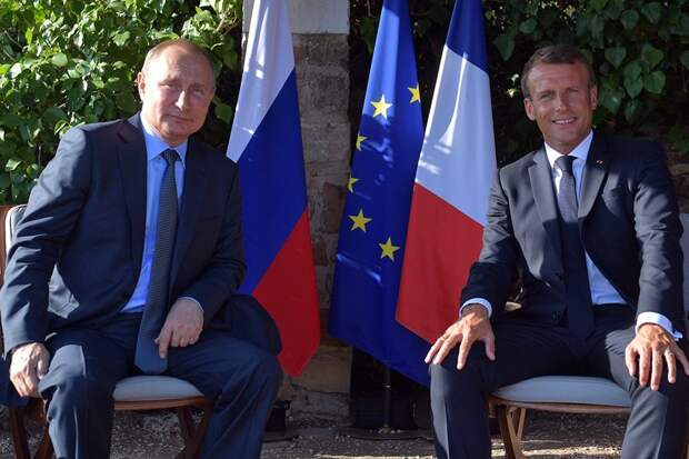 Владимир Путин и Эмманюэль Макрон обсудили мировые кризисы
