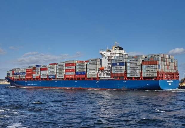 У берегов Бенина пираты захватили троих российских моряков