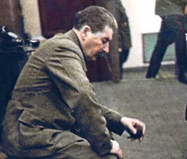Почему советская разведка врала Сталину о дате начала войны? К годовщине 22 июня рассекречены документы Разведупра СССР (2021)
