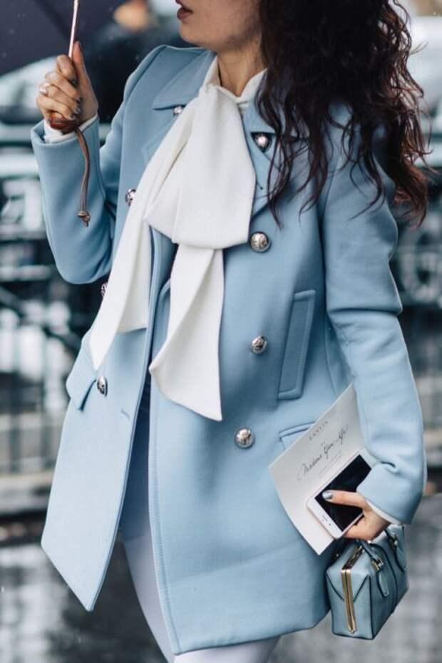Небесно-голубой: цвет – который привлекает своей простотой и элегантностью