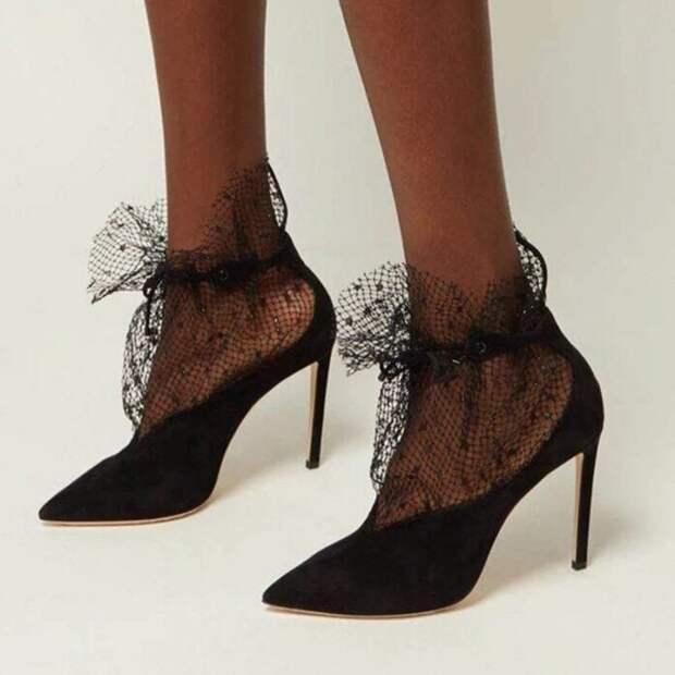 Новое в моде: кружевные туфли на любой вкус