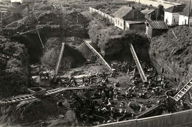 Раскопки в Новгороде, 1953 год / Фото: researchgate.net
