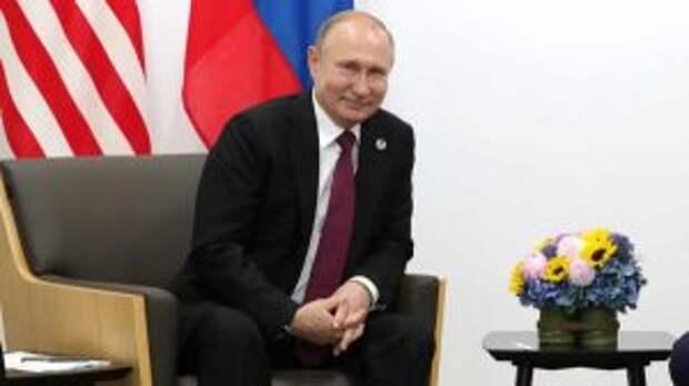 Помог Кремлю: вице-премьер Чехии случайно раскрыл агентов в России