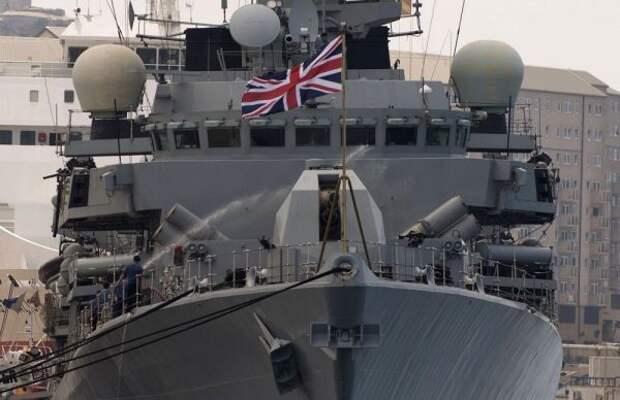 СМИ: Британия направит вЧерное море два военных корабля