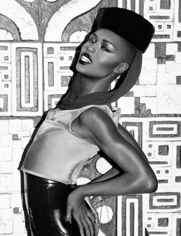 Грейс Джонс. / Фото: www.ladyclever.com