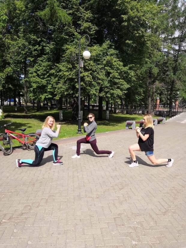 В Ижевске проходят бесплатные утренние занятия спортом