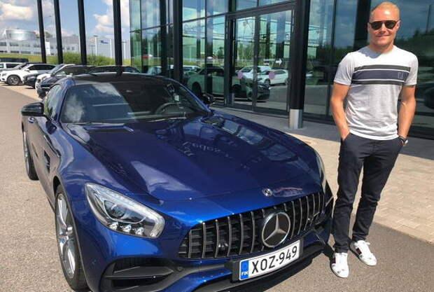 Действующий пилот Формулы-1 выставил на продажу Mercedes-AMG GT