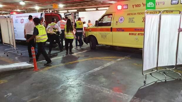 В результате обрушения трибуны синагоги в Израиле погибли двое