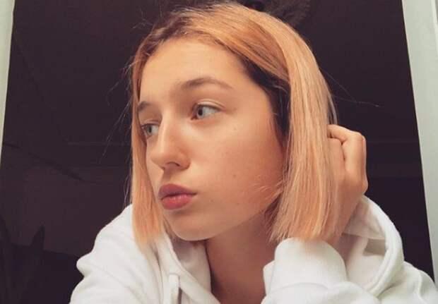 Дочь Волочковой пристыдили завокальный номер