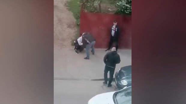 Избиение мужчины