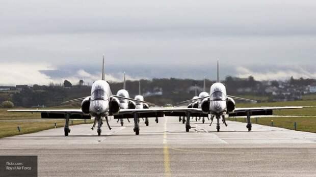 Лондон отправил 28 самолетов к границам России, пытаясь разозлить Москву