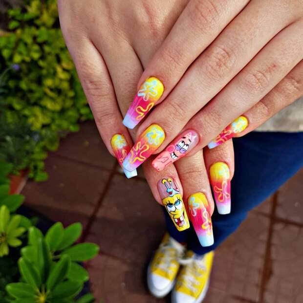 Неоновый маникюр: 8 самых крутых дизайнов для длинных ногтей