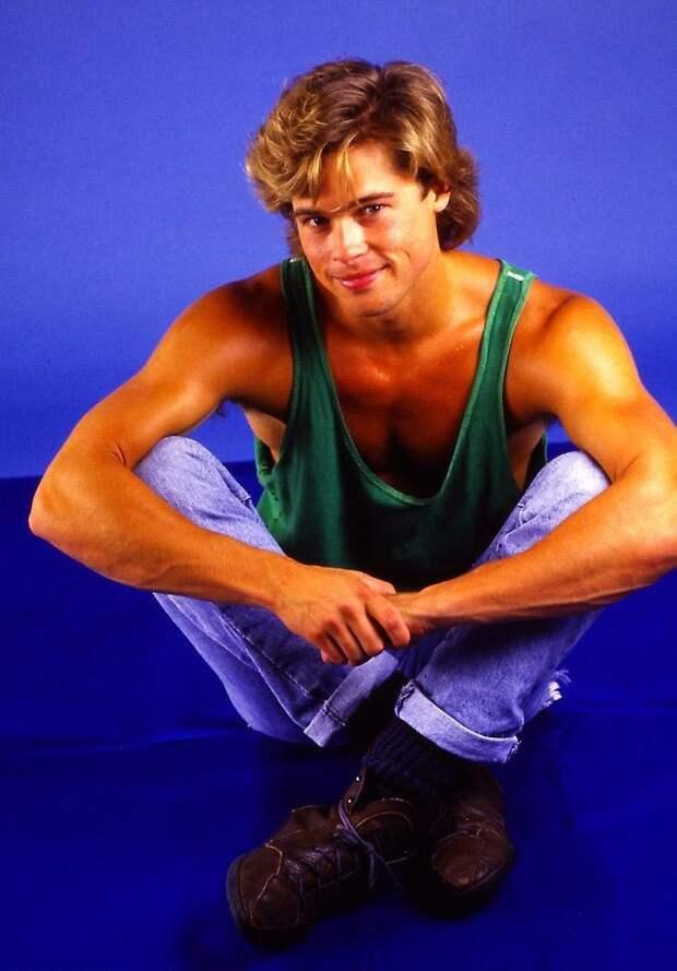 Молод и горяч: фотографии 23-летнего Брэда Питта с фотосессии 1987 года