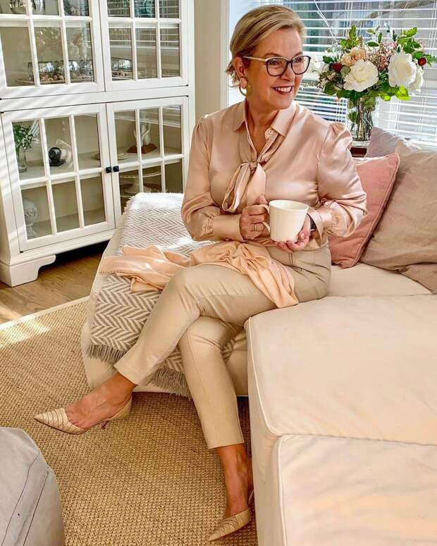 3 пары обуви, которые нужны весной 2021 каждой женщине 50 лет, чтобы составлять стильные образы