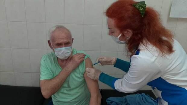 Очередь на вакцинацию в Ялте сократилась в несколько раз