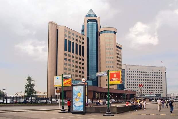 Судебные приставы арестовали здания Росреестра из-за штрафов за парковку