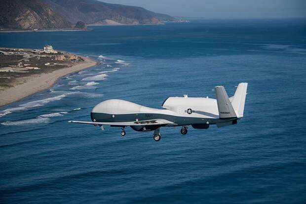 ВВС США сбираются разместить в Японии высотные беспилотники Triton