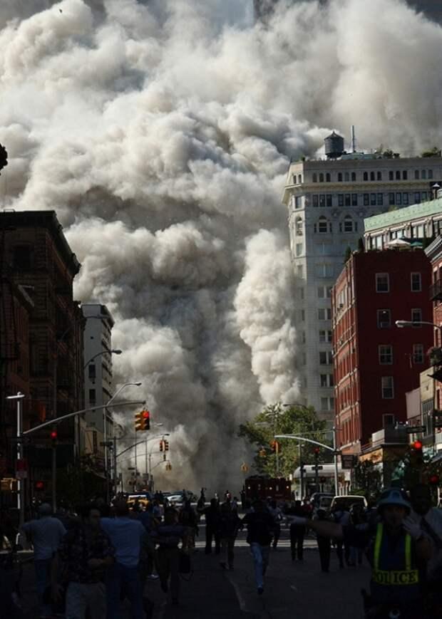 «Люди казались ничтожными и бессильными»: 9/11 глазами очевидцев