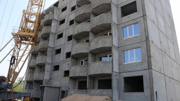 Скоро новоселье: в Приморье строят три дома для переселения из аварийного жилья