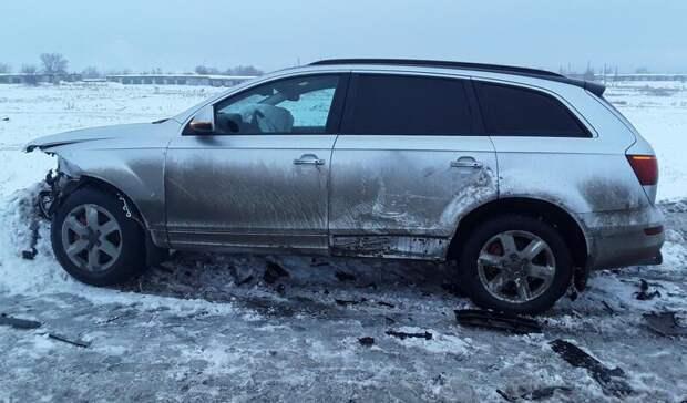 Дорожные войны: под Орском автомобиль «Лада Приора» протаранил Audi Q7