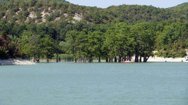Кипарисовое озеро вАнапе намерены вернуть вфедеральную собственность