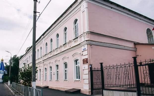 Суд постановил отдать здание рязанской школы №6 церкви