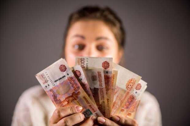 В Волгограде зафиксирован рост зарплаты на фоне пандемии