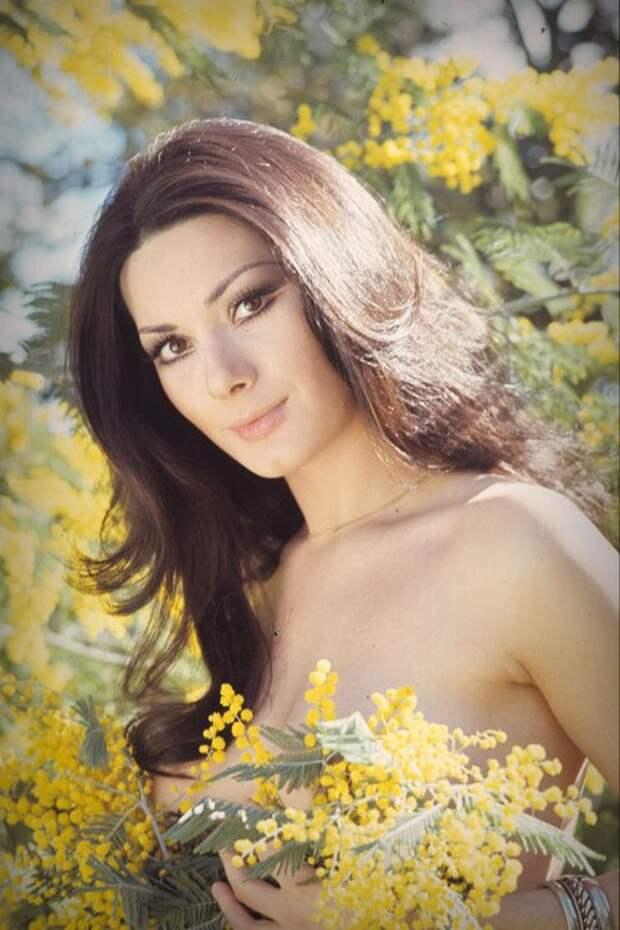 Итальянские актрисы: Эдвиж Фенек