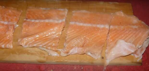 хребты лосося в духовке