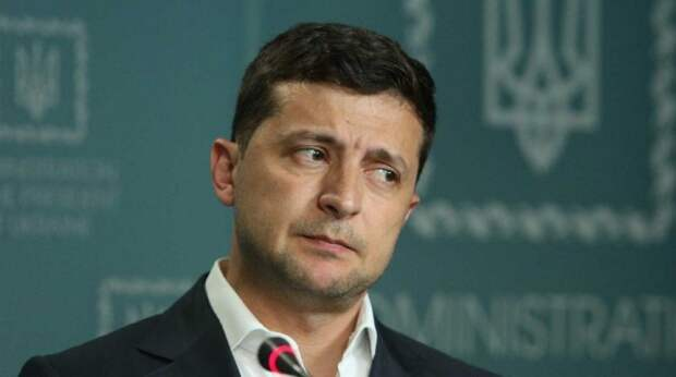 Прослывшая любовницей Зеленского пресс-секретарь подала в отставку