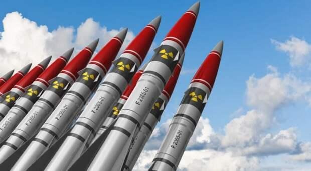Жахнем по ним: Вашингтон угрожает ядерным ударом неядерным странам