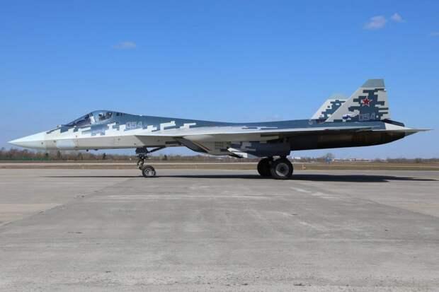 Источник: истребитель Су-57 превратят в «воздушный авианосец»