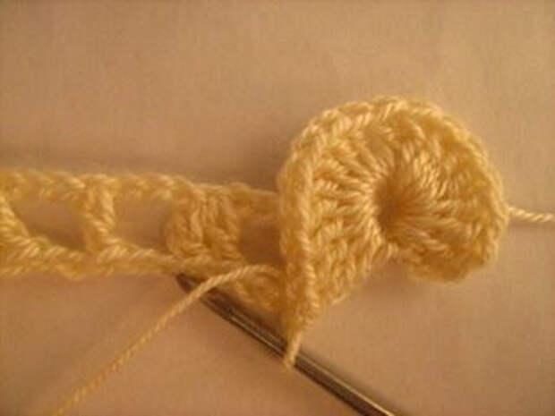 «Вязание чешуйчатого узора крючком»