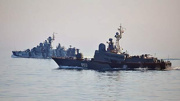 Навигационные учения Черноморского флота прошли на Крымском полуострове