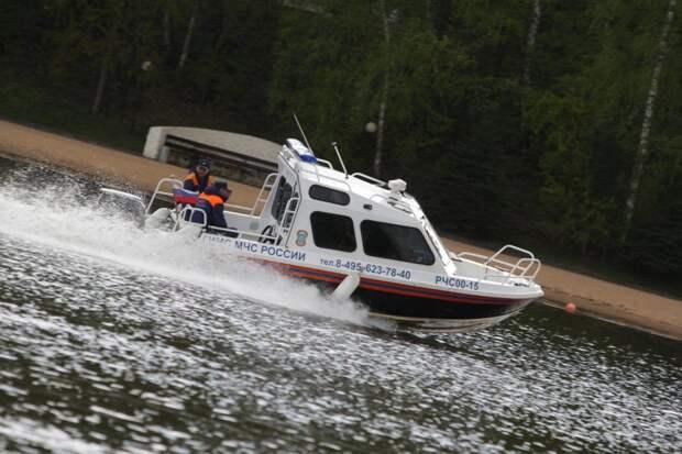 На Шибаевском пруду спасли тонущего мужчину