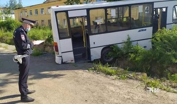 После ДТП спассажирским автобусом вЛесном проходит проверка СКР ипрокуратуры