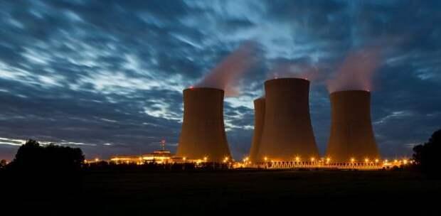 Британцы призвали запасаться свечками и едой из-за угрозы энергетического кризиса