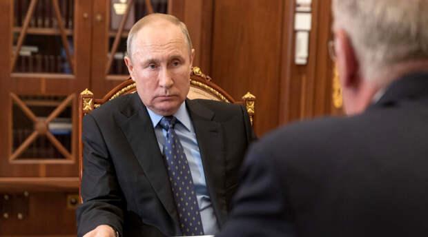 Владимир Путин отверг идею «вечной любви» в политике