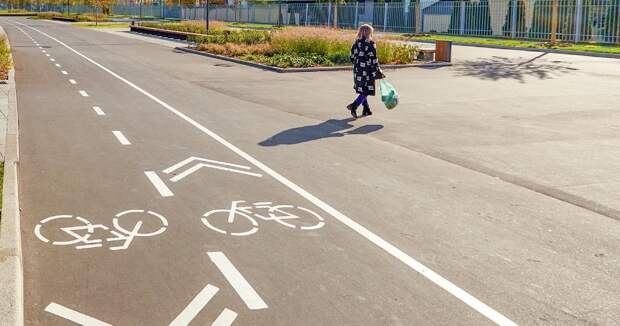 Велодорожку в сквере по Олонецкому проезду отремонтируют в 2021 году