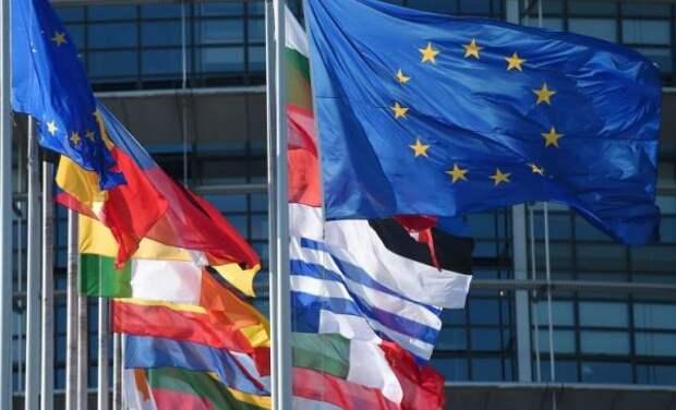 СМИ: ЕСнепринял предложение Меркель иМакрона овстрече сПутиным