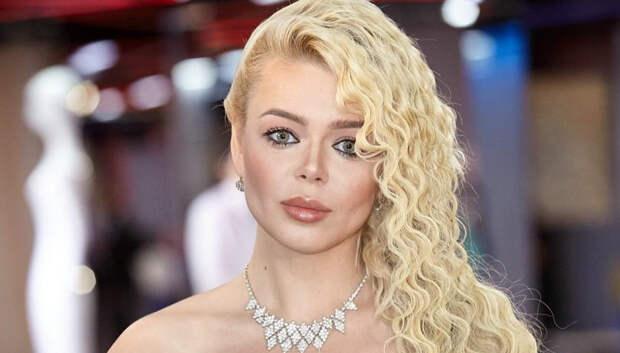 Алина Гросу больше не блондинка: пошла на поводу у трендов и сделала цветные волосы
