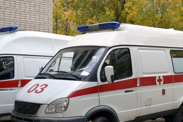 Шесть человек погибли в Свердловской области в результате наезда автобуса на остановку
