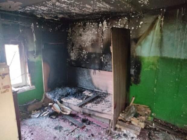 Двое детей погибли на пожаре в иркутской деревне