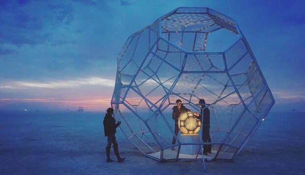 Арт-инсталляции Burning Man