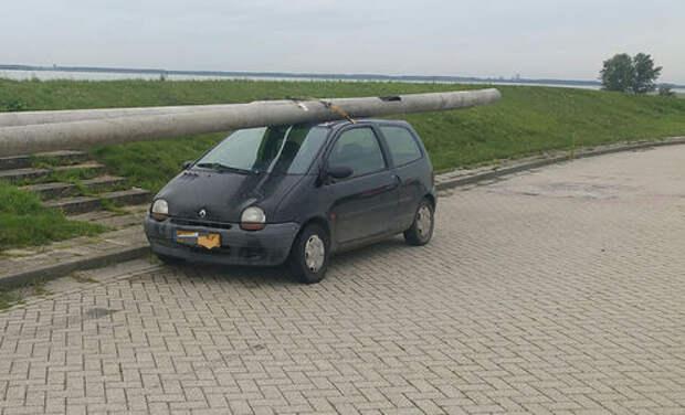 Ограбление по-голландски: пьяный водитель и два фонарных столба