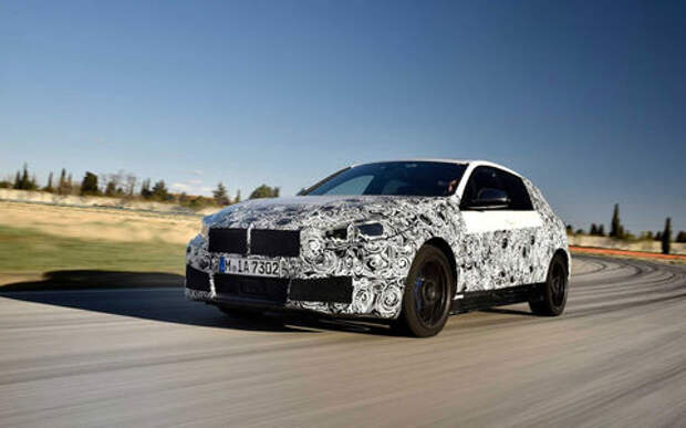Появились новые подробности о самом недорогом BMW