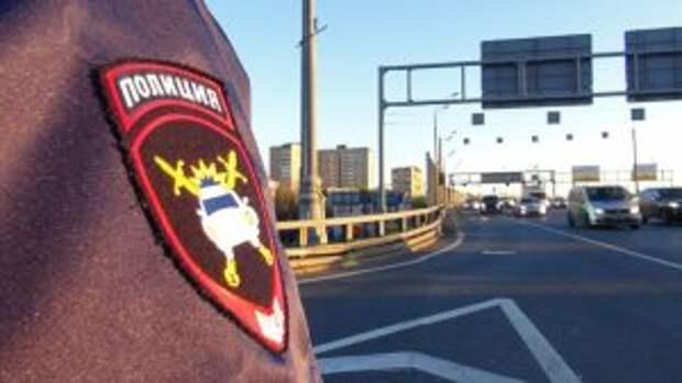 У сотрудников ГИБДД таксисты на особом контроле/Агентство «Москва»