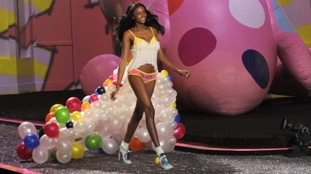 Программисты бывают всех размеров, полов ирас: модель Victoria's Secret разрушает стереотипы