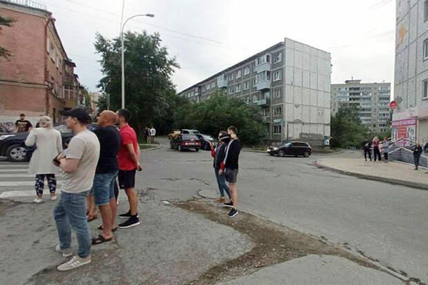 Минздрав подтвердил ранение двух человек в Екатеринбурге